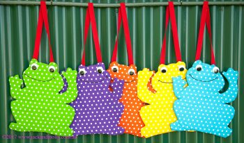 Five Speckled Little Frogs